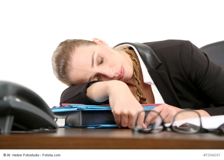 arbeitsgericht k ln einschlafen am arbeitsplatz kein k ndigungsgrund. Black Bedroom Furniture Sets. Home Design Ideas