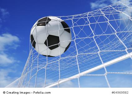 Grenzen von Arbeitsverträgen mit Fussballprofis (Bild: © Creating Images - Fotolia.com)
