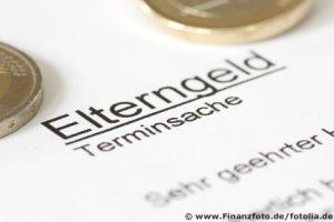 Antrag auf Elterngeld muss schriftlich beantragt werden (Foto: Finanzfoto/fotolia.com)